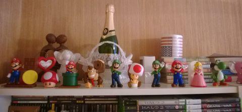 фигурки Марио
